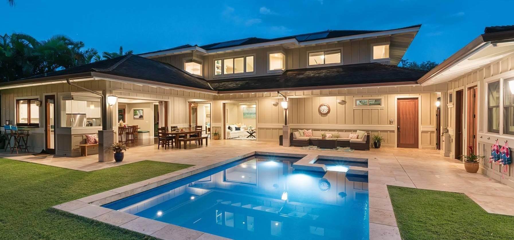 Real Estate Agent Haleiwa